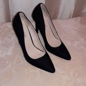 Shoes - 3/$20 Call it Spring black heels size 6.5